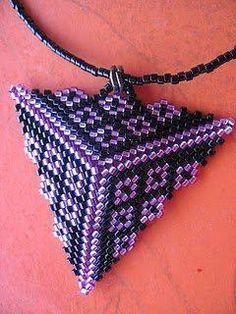 треугольное плетение