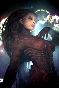 The Queen of Kerrigan Cosplay