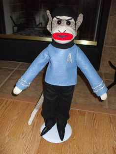 Spock Monkey - TOYS, DOLLS AND PLAYTHINGS  - Knitting, sewing, crochet, tutorials, children crafts, jewlery, needlework, swaps, papercrafts, cooking and so much more on Craftster.org