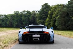 The Bugatti was unveiled in Paris in 1991 and went into production until Bugatti went out of business in 1995 (Bugatti has since been resurrected by Volkswagen). The car was available as a two-door sports car and only 31 cars were produced. Koenigsegg, Lamborghini Huracan Spyder, My Dream Car, Dream Cars, Pretty Cars, Mc Laren, Sweet Cars, Car Brands, Performance Cars