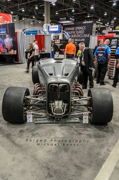 Fuller Hot Rod's Double Down '32 Ford Roadster | Forged Photography