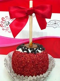 Red Velvet Cake Caramel Apple #RockyMountainChocolateFactory #sbgalleria