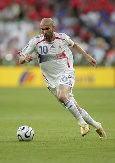 Zidane  Unfortunately remembered for the headbutt c05eafb488362