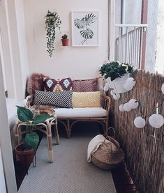 Balcony Makeover 04 House Hat IKEA Living Inspiration – Esmee Linting – Decoration - All About Balcony Small Balcony Design, Small Balcony Decor, Balcony Decoration, Balcony Ideas, Apartment Balcony Decorating, Apartment Design, Apartment Gardening, Balcony Gardening, Small Balcony Furniture