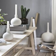 Globo candle holder white from Kähler by Dorthe Helm Wooden Candle Holders, Candle Holders Wedding, Tea Light Candles, Tea Lights, Scandinavian Design Centre, Warm Colour Palette, Hanging Candles, White Vases, Organic Shapes