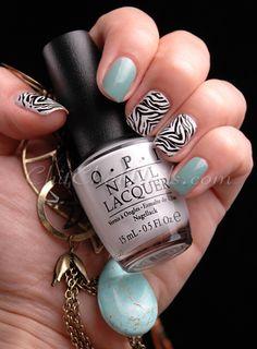 Zebra Accent #nails
