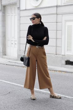 ALL THAT SHE WANTS - blog de moda: Pantalon culotte y cuello vuelto