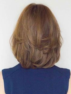 Messy Blonde Balayage Bob - 55 Different Versions of Curly Bob Hairstyle - The Trending Hairstyle Medium Layered Haircuts, Short Bob Haircuts, 2015 Hairstyles, Curly Bob Hairstyles, Medium Hair Styles, Short Hair Styles, Waist Length Hair, Short Hair Cuts, Hair Lengths