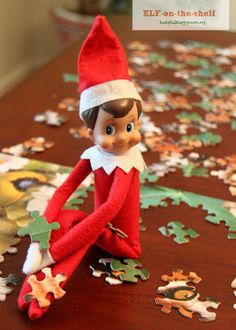 Christmas Fun with our Elf-on-the-Shelf! - Busy Kids=Happy Mom. Puzzle elf !