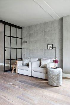 Behang heeft een beetje een oubollig imago, maar anno 2017 zijn er ontzettend veel mogelijkheden met behang die voor dynamiek in je woning zorgen.