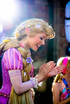 Rapunzel is my favorite face character princess at Disney! (: