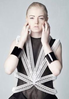 3D Printed top by Amelia Agosta #3DPrinting #Fashion