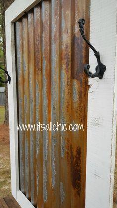 44 trendy ideas for bathroom wall decor rustic corrugated metal Rustic Bathroom Wall Decor, Rustic Walls, How To Rust Galvanized Metal, Galvanized Tin Walls, Country Decor, Rustic Decor, Farmhouse Decor, Primitive Decor, Corrugated Metal