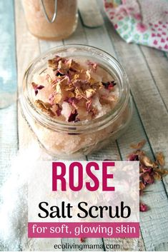 An exfoliating and moisturizing salt scrub recipe that smells like roses and comes together in just minutes?! Yes Please!! This version uses Himalayan salt and essential oils – it's so simple. Homemade salt scrubs make a great DIY gift, and this recipe has several different scent options! Spearmint Essential Oil, Vanilla Essential Oil, Rose Essential Oil, Homemade Skin Care, Diy Skin Care, Homemade Beauty, Diy Beauty, Beauty Tips, Beauty Secrets