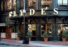 Clydes in Washington DC, Great Place for Dinners and Happy Hours