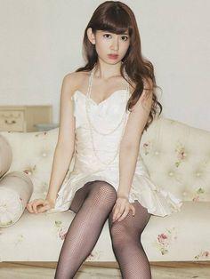 最上級の美しさ こじはるの笑顔に悩ましい肢体 小嶋陽菜・・・♪-gooブログ