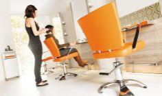 Espacio Town Hairstyle. Salones creados para facilitar la tarea de los profesionales y generar un buen clima de trabajo. Colores, texturas, olores y sonidos familiares que nos recuerdan dónde estamos y nos dicen que nos volveremos a ver.