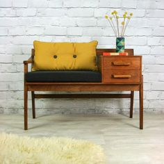 Oh So Lovely Vintage: Take a seat.