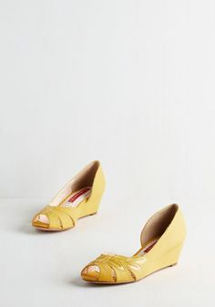 Love these cheerful yellow wedges! Two Can Play Bliss Game Wedge in Sunshine | Mod Retro Vintage Heels | ModCloth.com