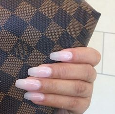 nails clear pink acrylic
