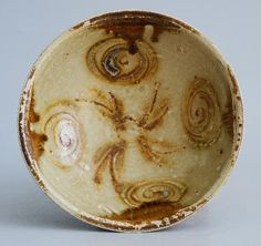 Cup from the Belitung Wreck. - Tang Dynasty Changsha Bowl from the Belitung Wreck.