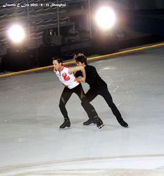 Johnny & Stéphane Professional Ice Skates, Figure Skating Olympics, Johnny Weir, Hanyu Yuzuru, Ice Hockey, Ice Skating, Snowboarding, Queen, Concert