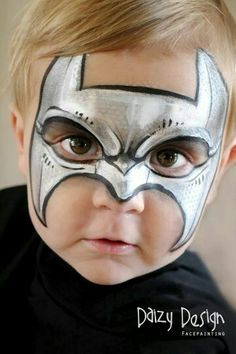 Simple face painting designs are not hard. Many people think that in order to have a great face painting creation, they have to use complex designs, rather then simple face painting designs. Batman Face Paint, Superhero Face Painting, Face Painting For Boys, Body Painting, Face Painting Tutorials, Face Painting Designs, Paint Designs, Bodysuit Tattoos, Art Visage