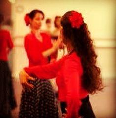Flamenco Danslessen volg je bij Dance d'Alí Groningen en Dance d'Alí Leeuwarden!