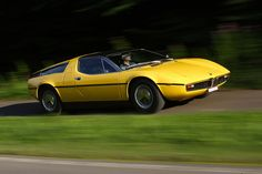 Maserati Bora 1971. Maintenance/restoration of old/vintage vehicles: the material for new cogs/casters/gears/pads could be cast polyamide which I (Cast polyamide) can produce. My contact: tatjana.alic@windowslive.com