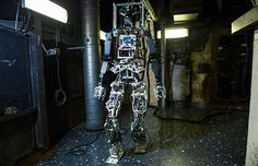 SAFFiR, the humanoid firefighting robot that the US Navy and Virginia Tech engineers have been developing for years, is now more than just a blueprint. I