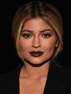 Een roundup: alle dingen die in 2015 met Kylie Jenners lippen gebeurden