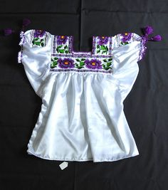 Embroidered Blouse Mexico by Teyacapan, via Flickr