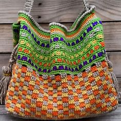Tuscany Tote #crochetpattern by Holly Ferrier | Ravelry