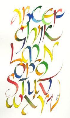 Yogi's Emporium: http://www.yogiemp.com/Calligraphy/GeorgiaA/GeorgiaAUncials.html