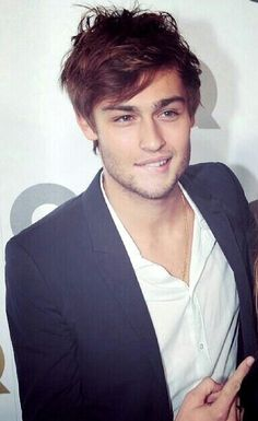 Douglas Booth - please stop biting your lip, its already too hot in here!