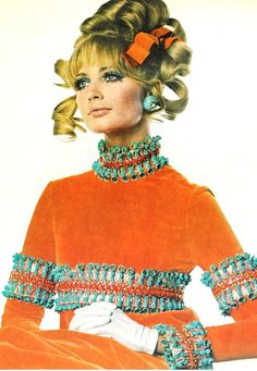 Sue Murray wearing a dress by Capucci, with hair by Carita, 1967. Photo by Irving Penn.