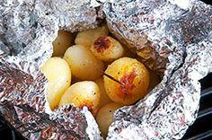 Ricetta - Patatine novelle al cartoccio - Le ricette al Barbecue di BBQ4All