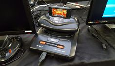 Mega Drive with 32X at London Anime and Gaming Con Feb 2017.