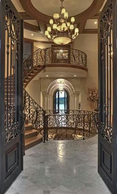 Take a look Amazing Tuscan Entrance Design Ideas 21 The general Tuscan style isn't cluttered. If you wish to use rugs, then opt for the large woven ones. Luxury Staircase, Grand Staircase, Staircase Design, Staircase Ideas, Entry Way Design, Entrance Design, Elegant Home Decor, Elegant Homes, Dream Home Design