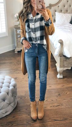Wedge Heel Ankle Boots Casual Fall Outfit With Jeans - Most Popular Fashio. - Wedge Heel Ankle Boots Casual Fall Outfit With Jeans – Most Popular Fashion Pins outfit heel # - Legging Outfits, Outfit Jeans, Leggings Fashion, Wedges Outfit, Fall Leggings, Tops For Leggings, Long Shirt With Leggings, Casual Fall Outfits, Fall Winter Outfits