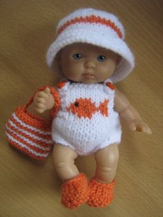 Baby Doll Clothes, Doll Clothes Patterns, Doll Patterns, Clothing Patterns, Baby Dolls, Knitted Dolls, Crochet Dolls, Crochet Clothes, Crochet Hats
