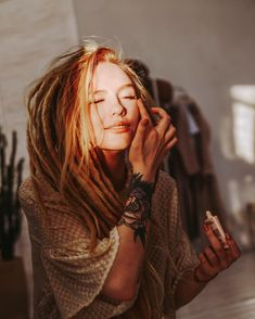 hippie hair 552324341802939977 - Dreadlock Extensions Single Color Source by Blonde Dreads, Dreads Girl, Extensions Ombre, Dreadlock Extensions, Big Chop Hairstyles, Dreadlock Hairstyles, Wedding Hairstyles, Black Hairstyles, Light Blond