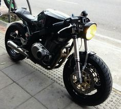 Discover many of my most desired builds - specialized scrambler bikes like Suzuki Cafe Racer, Gs 500 Cafe Racer, Suzuki Motorcycle, Cafe Racer Build, Vintage Motorcycles, Custom Motorcycles, Custom Bikes, Moto Cafe, Cafe Bike