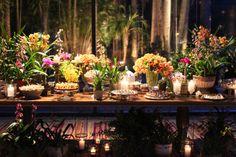 Flávia e Marcelo | 2012 - Fazenda Vila Rica Home Wedding, Wedding Events, Wedding Ideas, Wedding Decorations, Table Decorations, Wedding Cakes, Table Settings, Party, Deserts