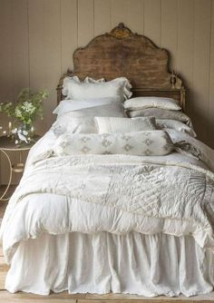 Simple and lovely cottage bedroom. Bella Notte Linens
