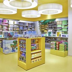 Lego keep stop spot in toy brands survey - Retail Design World