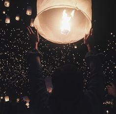 Find and save photos from around the world. Photos of scenic landscapes, vibrant cities, and cultures to collect and share from around the world. Animation Soiree, Goals Tumblr, Floating Lanterns, Sky Lanterns, Good Vibe, Disney Rapunzel, Disney Princesses, Disney Aesthetic, Aesthetic People
