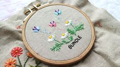hand embroidery sheaf stitch butterfly chamomile flowers Embroidery Stitches, Hand Embroidery, Coin Purse, Butterfly, Purses, Wallet, Flowers, Log Projects, Handbags