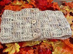 Ravelry: Nora Ephron's Cowl pattern by Stash Knits