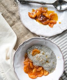 vanilla cardamom chia seed pudding + honey poached clementines - what's cooking good looking - a healthy, seasonal, tasty food and recipe journal.sub maple syrup in the clementines to keep this vegan Dessert Simple, Fruit Dessert, Vegan Desserts, Easy Desserts, Dessert Recipes, Citrus Recipes, Free Recipes, Thanksgiving Desserts Easy, Food Journal